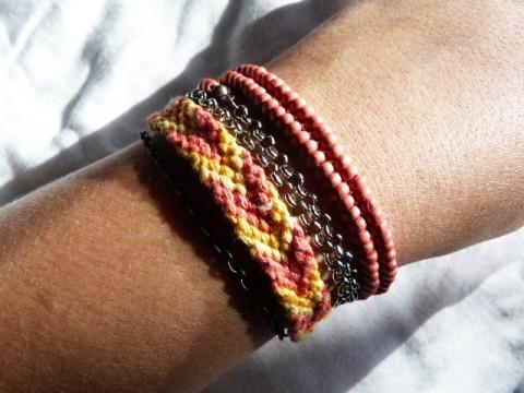 Rendu final bracelet à partir de récupération bracelet brésilien & collier